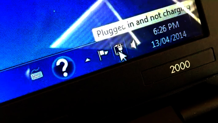 """How to Fix Laptop's """"Plugged in Not Charging"""" Problem?   DESKDECODE COM"""